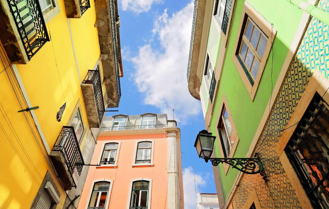Best Lisbon Travel Blogs